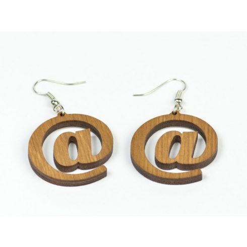 Nyírfából készült fülbevaló, barna színben