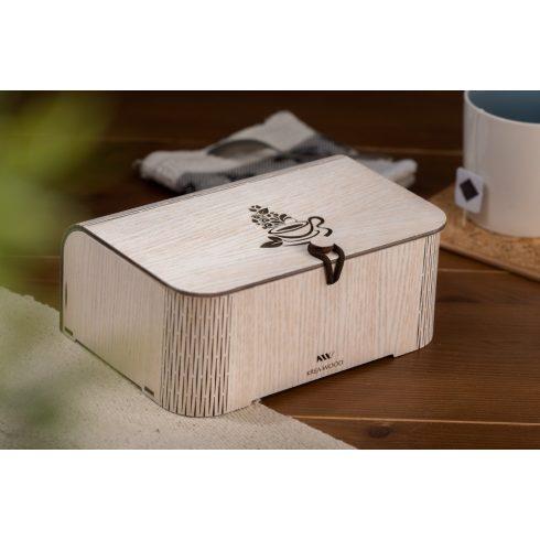 Tölgyfából készült teásdoboz teáscsésze motívummal, fehér színben